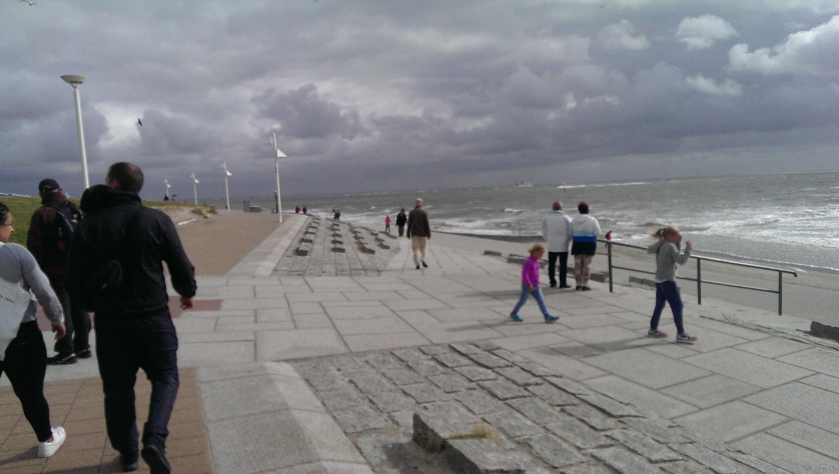 Frisk vind ved stranden på Norderney